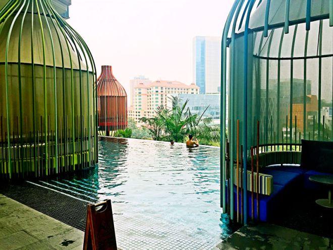 Parkroyal Pool Pods